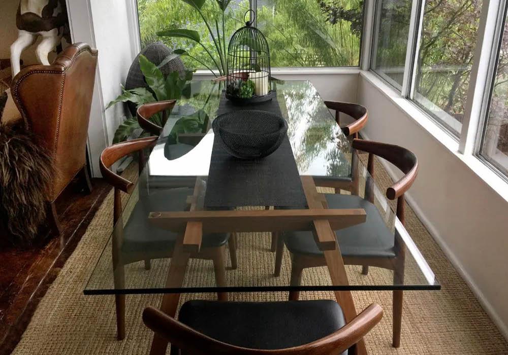 Airbnb dining room design